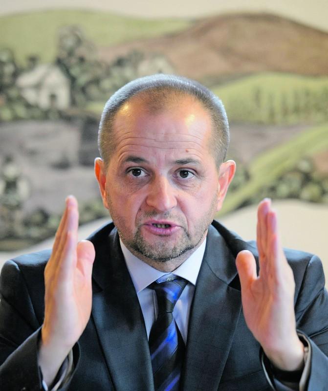 Budai Gyula: Jelentős szociális problémákat okoz a tiltás