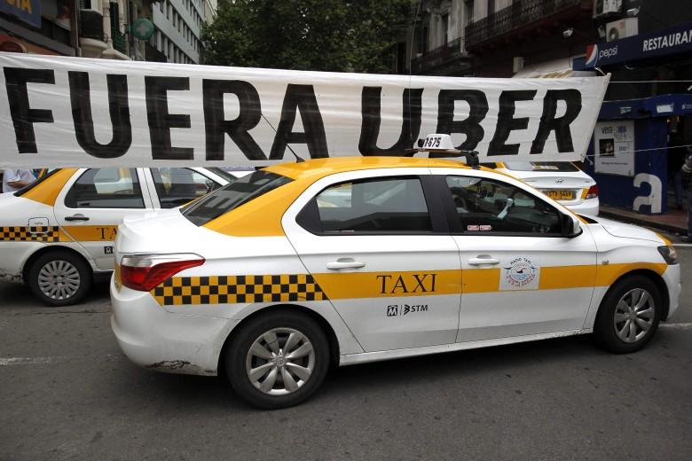 November 13., Montevideo, Uruguay – ott is harcolnak az Uber tisztességtelen térnyerése ellen