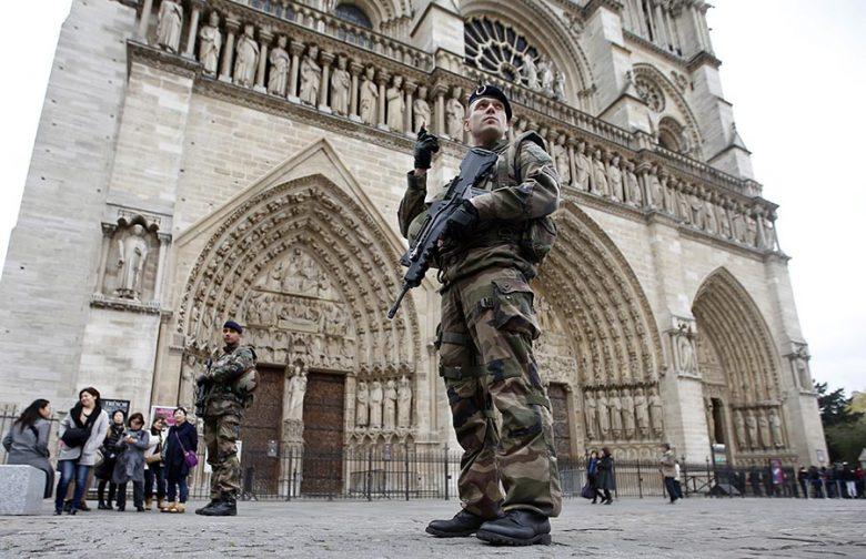 A Notre-Dame-ra már egy ideje fegyveresek vigyáznak