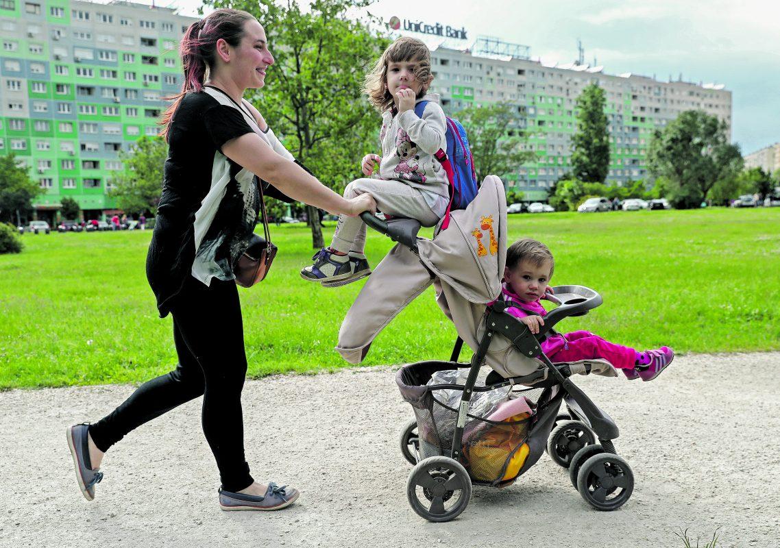 A gyermekvállalást ösztönzi a kabinet