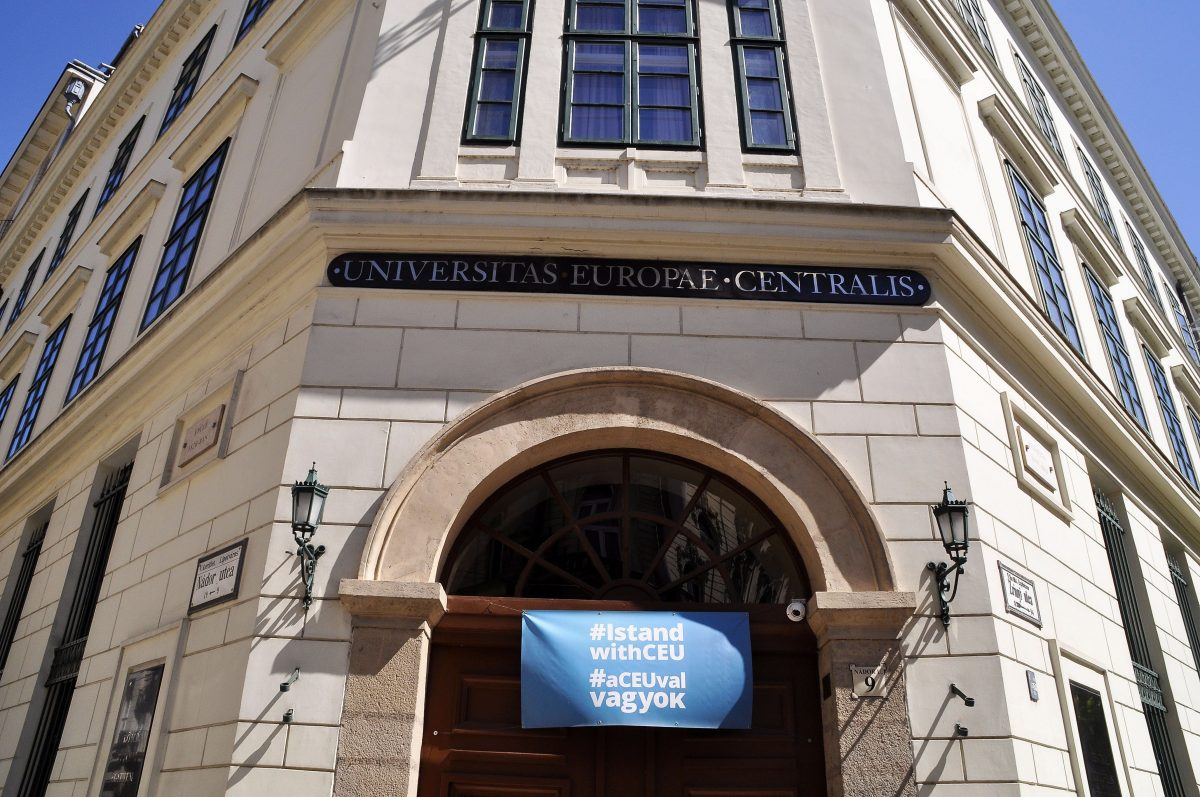 Monterescu CEU-tanár a Haaretzben: Netanjahu bukik, mert olyan mint Orbán