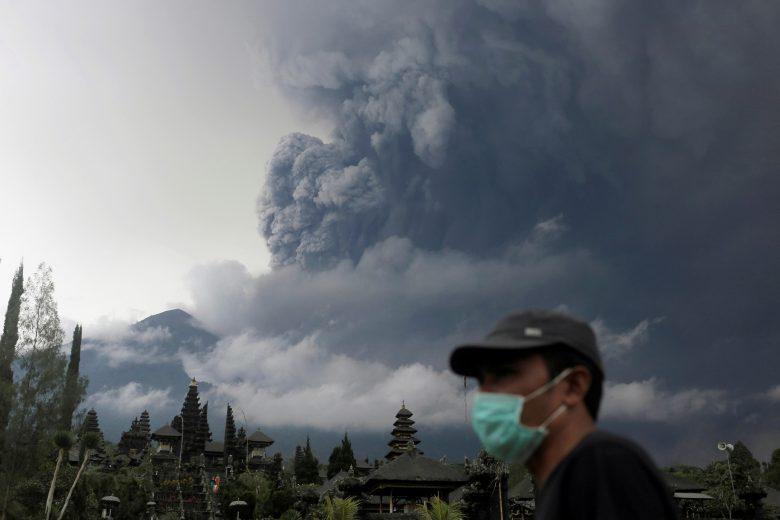 1963-ban csaknem kétezer ember halálát okozta a Bali szigetén található tűzhányó