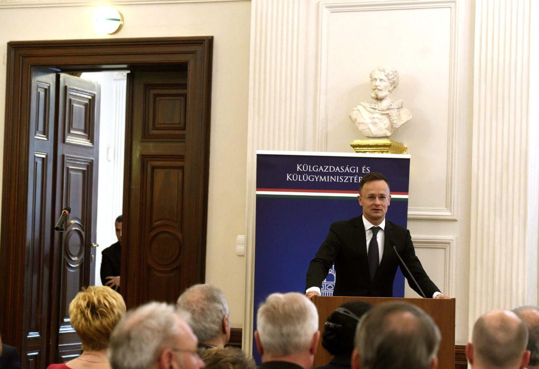 Trócsányi László: 2010-ben új, dinamikus korszak nyílt a magyar külpolitikában