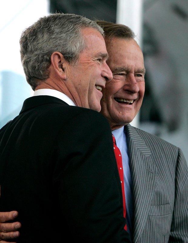 george-bush-threesome