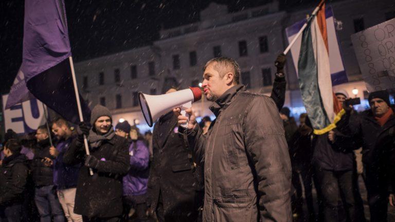 Hír TV: Hadházyt és Szélt eltávolították az MTVA székházából